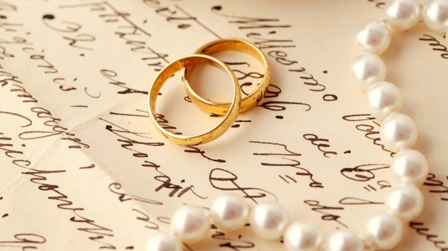 Gold-Wedding-Ring-Picture-HD-Wallpaper