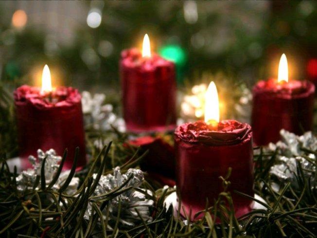 Christmas Candles2